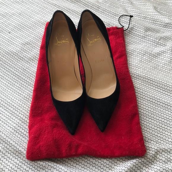 """029908266934 Louboutin """"So Kate"""" velvet heels size 37 US 7"""